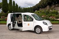 Electic cars for Pope by Renault