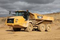 Caterpillar presents the updated articulated dump trucks 730 and 735