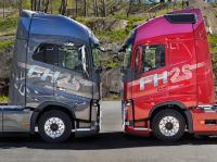 Volvo celebrates 25 year since the presentation of the first FH with a special edition