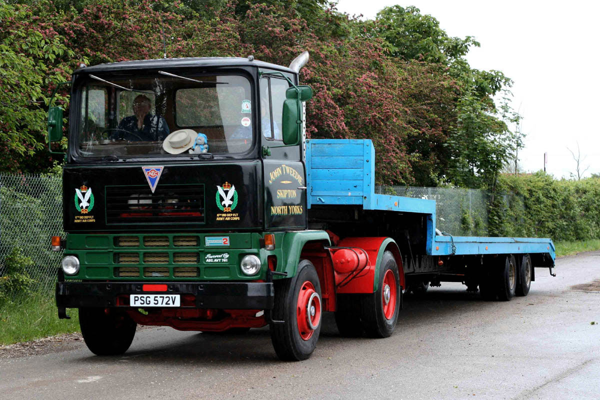 AEC Marathon ( model 2T25 ) (Commercial vehicles ...