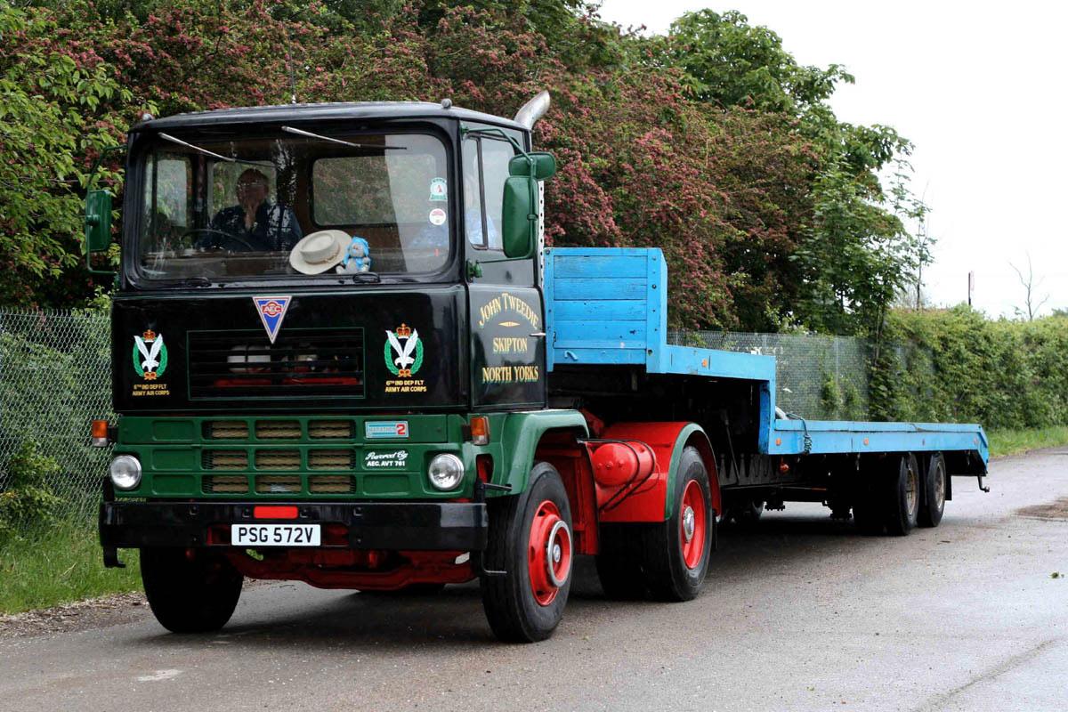 AEC Marathon ( model 2T25 ) (Commercial vehicles ...