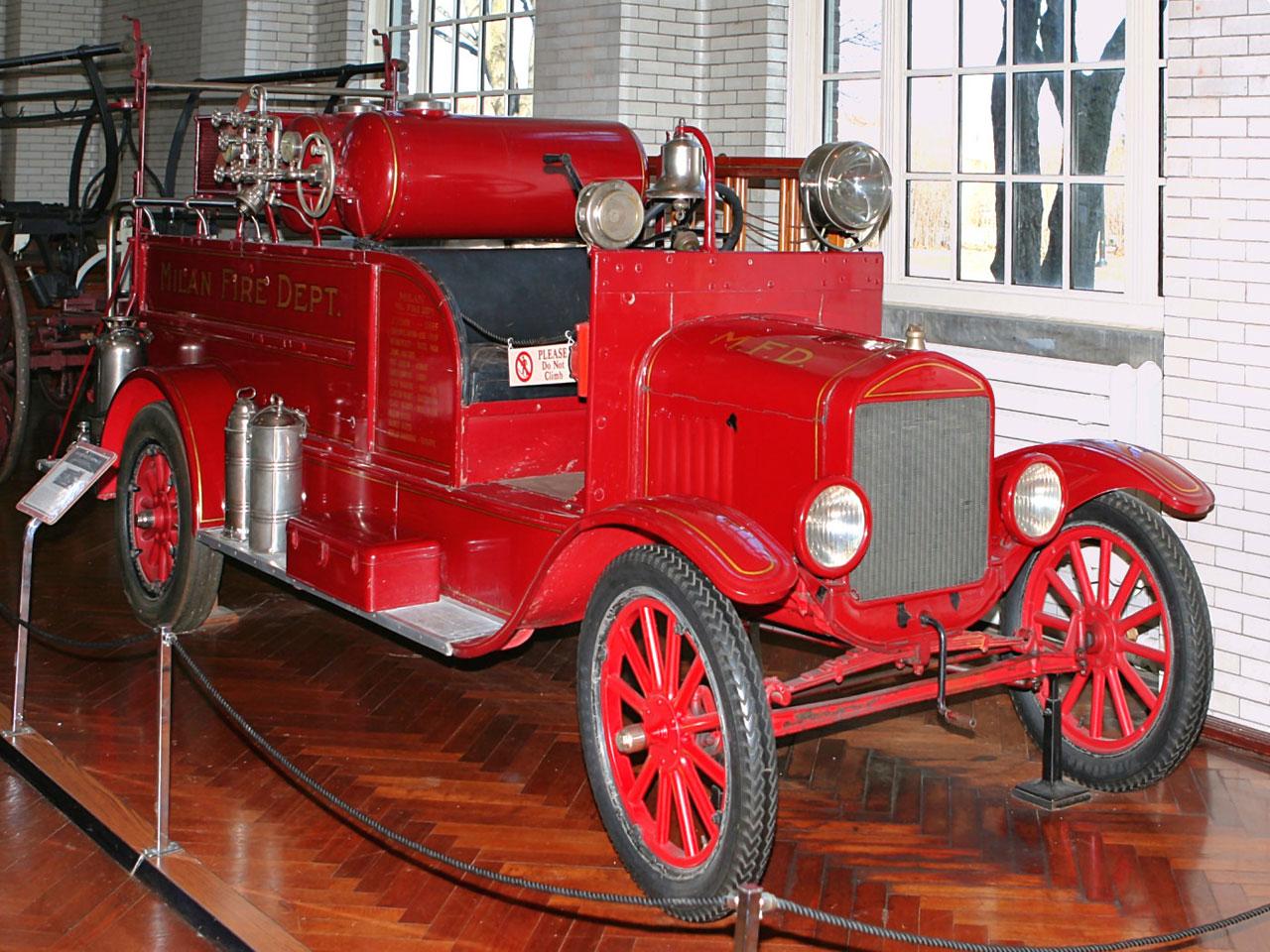 хромченко, картинка старинных пожарных машин наличию сибирских