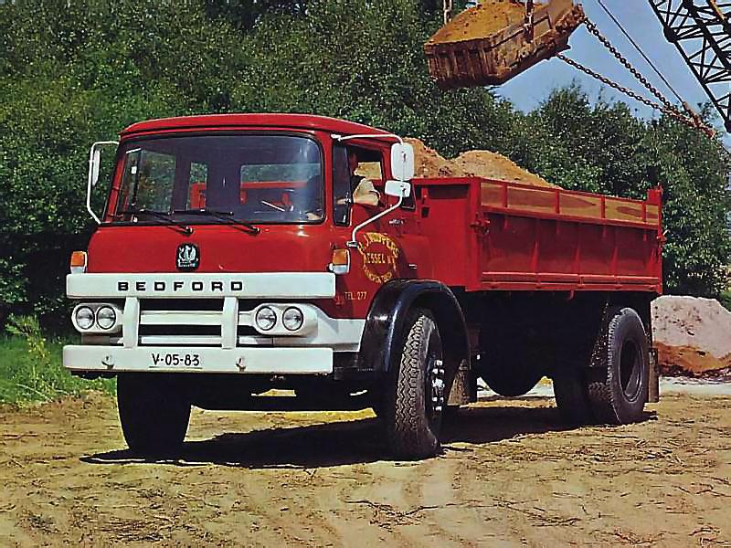 Bedford KM (Commercial vehicles) - Trucksplanet