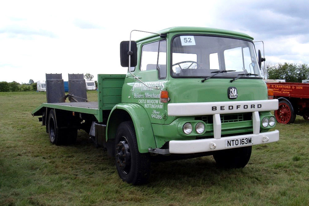 Bedford KM (Commercial vehicles) - Trucksplanet