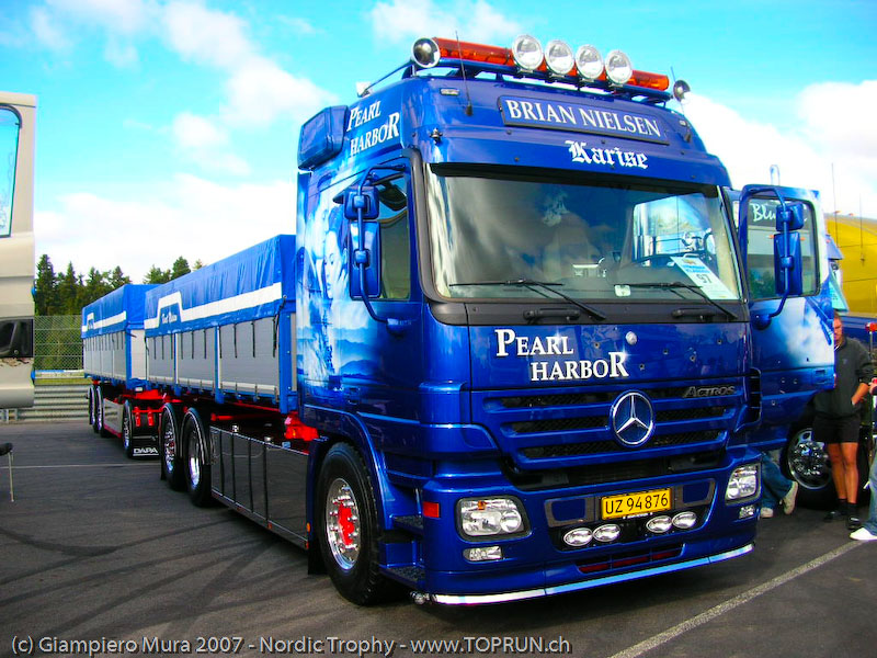 Mercedes-Benz Actros MP2 (Commercial vehicles) - Trucksplanet