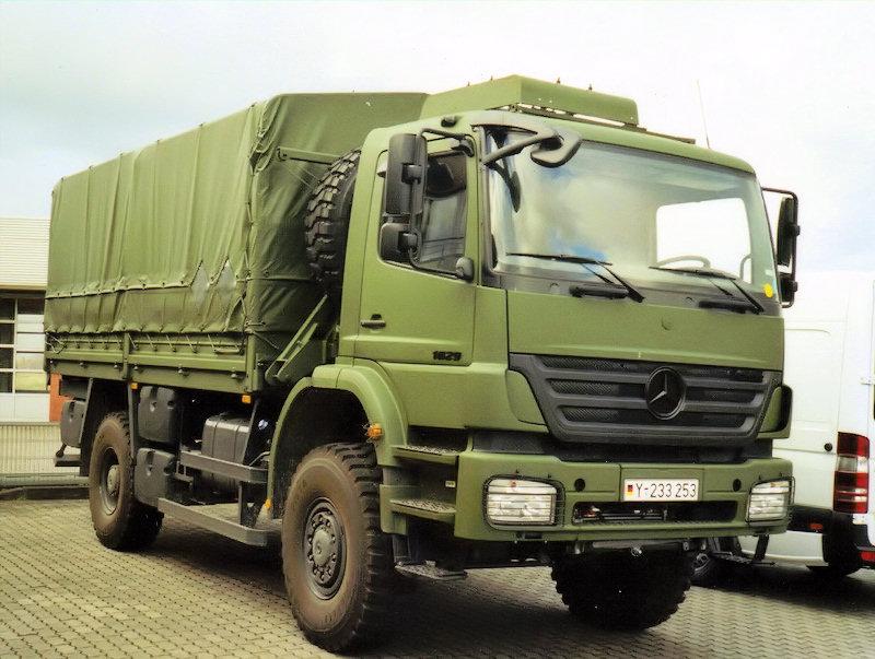 Mercedes benz axor ii military vehicles trucksplanet for Mercedes benz military vehicles