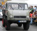 Unimog 401 / 402 with a closed cabin