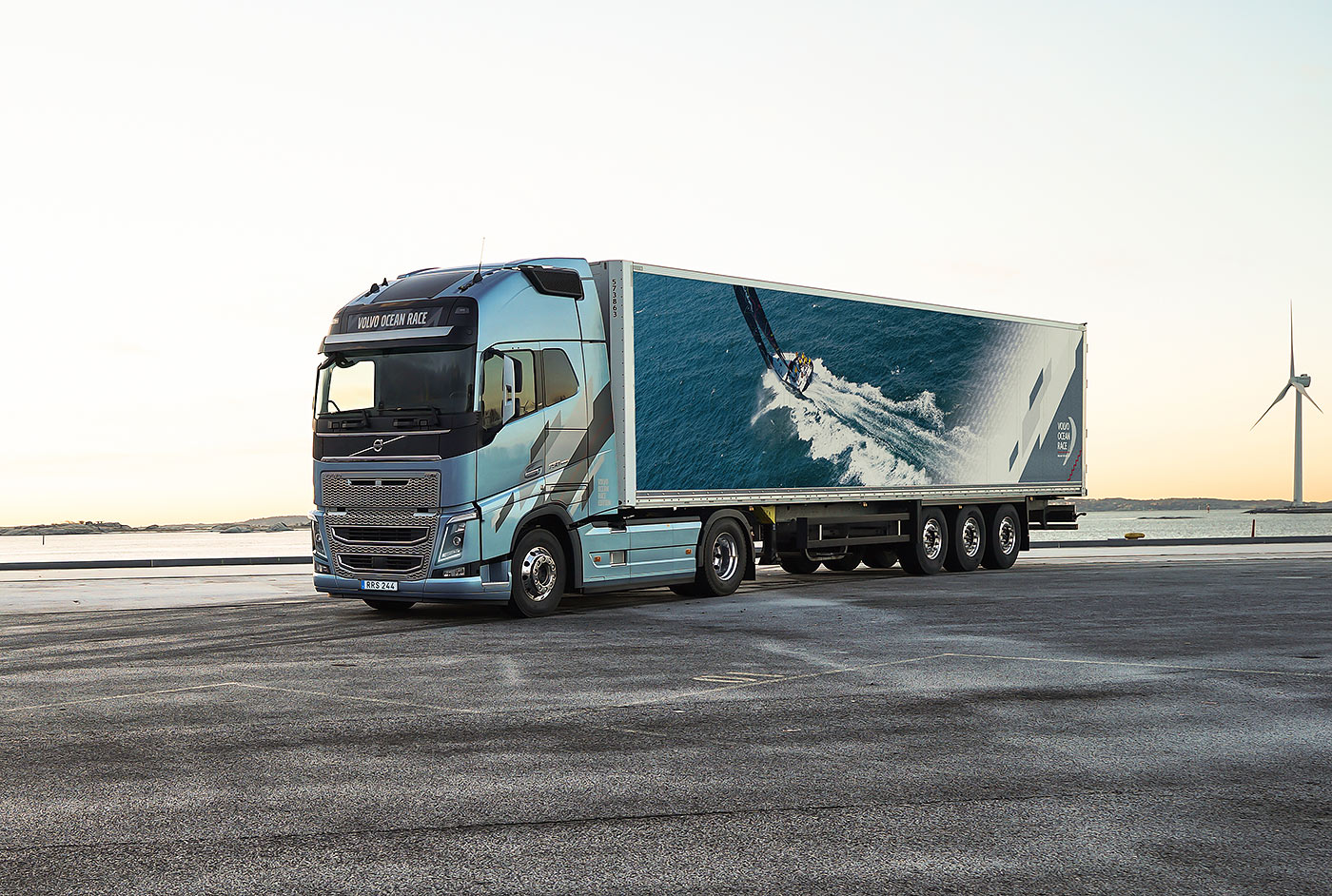 Volvo FH Volvo Ocean Race 2017-2018 (Limited editions) - Trucksplanet