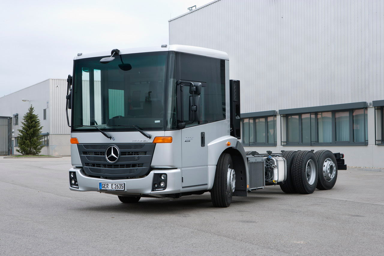 The new generation of mercedes benz econic brand new truck for The new mercedes benz truck