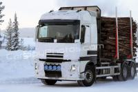 Spy photos of the new Volvo FH