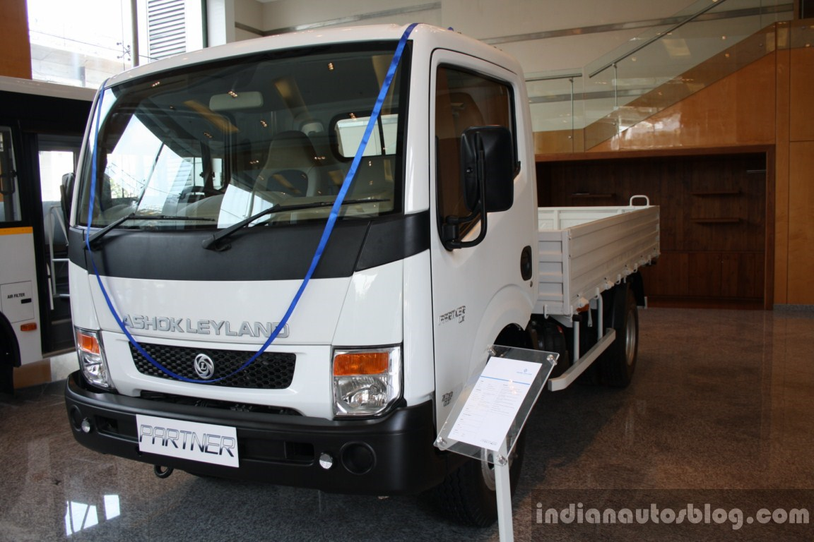 ashok leyland Both ashok leyland and itc are the good quality stocks of our stock market future of ashok leyland looks good because they are in both defence and auto sector and generating enough cash flow to maximise the future growth opportunities.