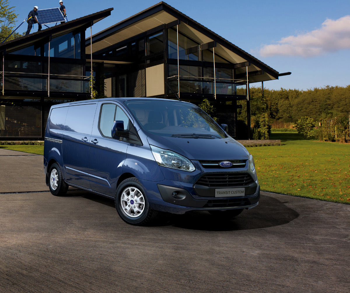 ford introduces cargo van version of transit custom. Black Bedroom Furniture Sets. Home Design Ideas