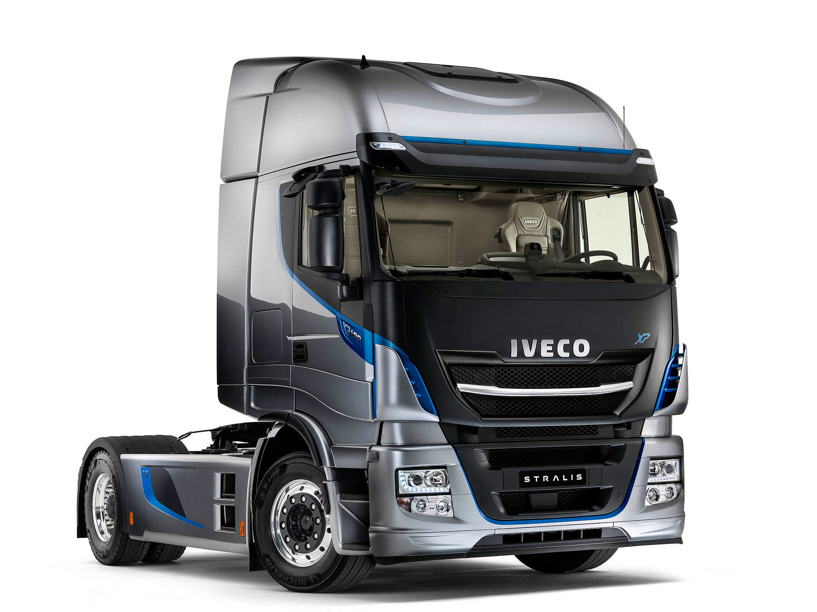 iveco new stralis commercial vehicles trucksplanet. Black Bedroom Furniture Sets. Home Design Ideas