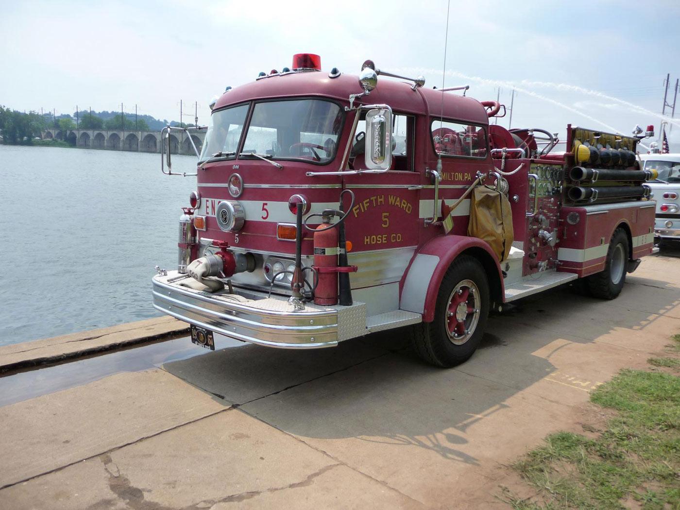 Mack C Model Trucks : Mack c series special vehicles trucksplanet