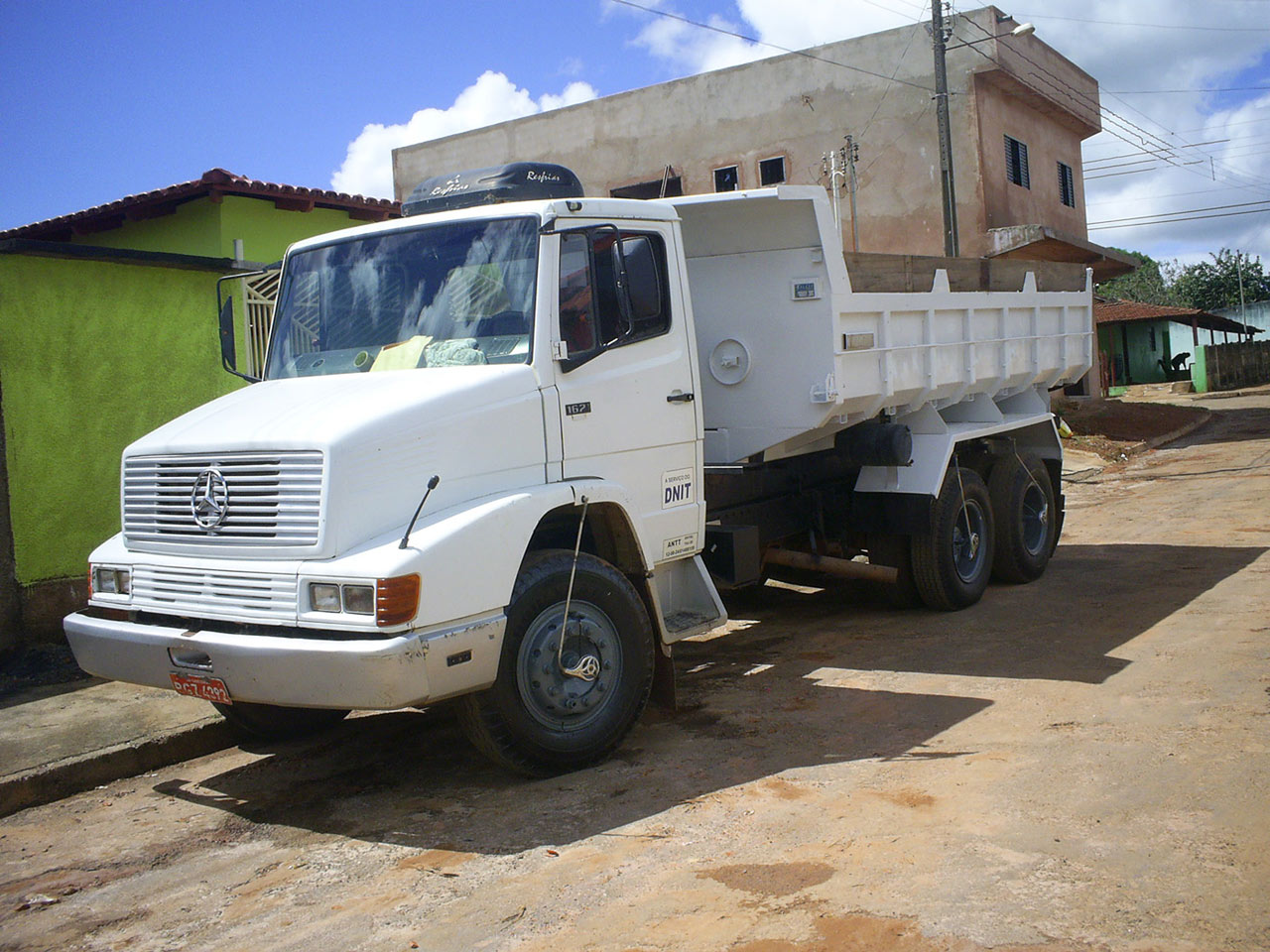 Mercedes benz l series 2nd generation commercial vehicles for Mercedes benz commercial trucks