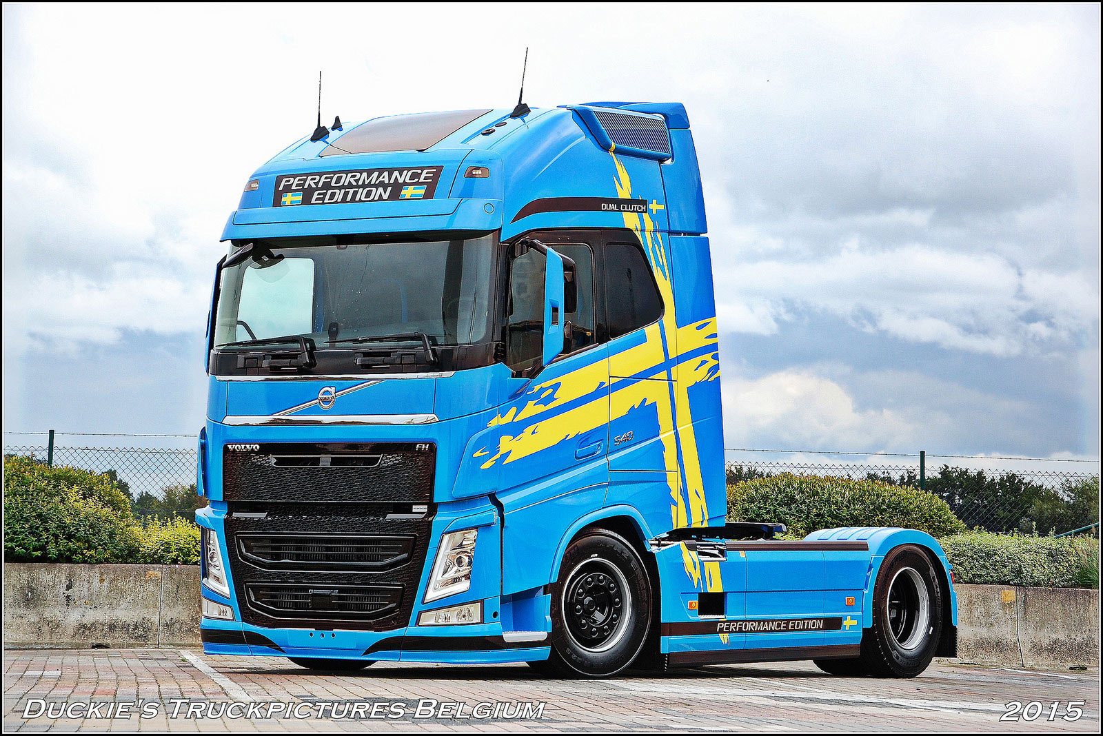 volvo fh performance edition limited editions trucksplanet. Black Bedroom Furniture Sets. Home Design Ideas